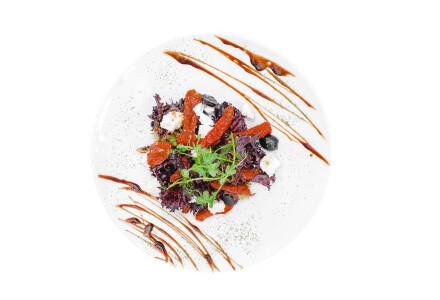 Салат з в'яленими томатами фото 2