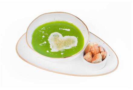 Крем-суп із шпинату з куркою, крутонами, вершками та пермезаном фото 2