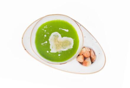 Крем-суп із шпинату з куркою, крутонами, вершками та пармезаном фото 1
